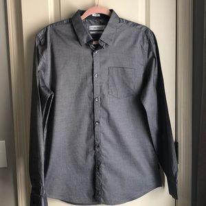 Calvin Klein men's slim fit button-up shirt